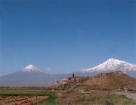 L'Arménie: un pays enclavé, meurtri par la nature et les hommes