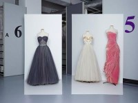 Christian Dior (Boutique), 1953-1954 / Jacques Fath, vers 1947 / Grès, A/H 1956 Collection Palais Galliera © Gregoire Alexandre