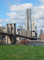 8 Spruce Street, 2003-2011 (réalisé) Manhattan, New York © Gehry Partners, LLP