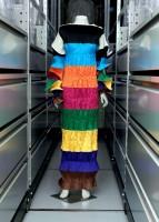 ssey Miyake, robe longue, P/E 1986 Soie artificielle plissée Collection Palais Galliera, musée de la Mode de la Ville de Paris © Eric Emo / Galliera / Roger-Viollet