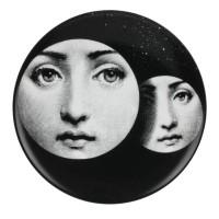 Piero Fornasetti, Assiette de la série Tema e Variazioni. Porcelaine, 1950/80.