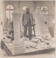 Eugène Druet, Rodin au milieu de ses plâtres, vers 1902 (c) musée Rodin