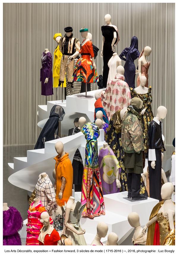 3 si cles de mode mad - Musee des arts decoratifs metro ...