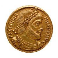 Monnaie en or (avers). Julien. Epoque gallo-romaine © Musée Carnavalet / Roger-Viollet