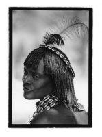 Femme Hamar pendant la cérémonie du zeley. Vallée de l'Omo, dans le sud de l'Éthiopie, 2013 © Anne de Vandière